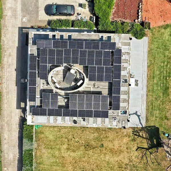 גג-אחרי-הקמה-של-מערכת-סולארית-עם-נביטאס