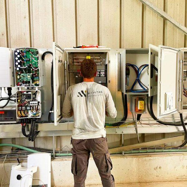 עבודות-חשמלוהכנות-לגג-סולארי-